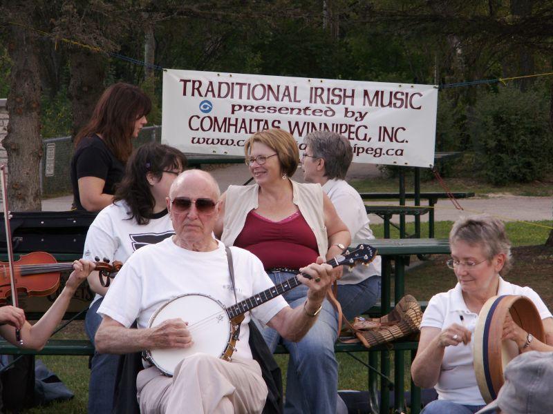 Wak'in up the Irish 01 (2)
