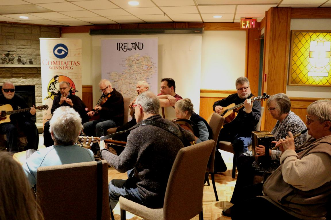 mini_Comhaltas Pizza Night 2019 (28)